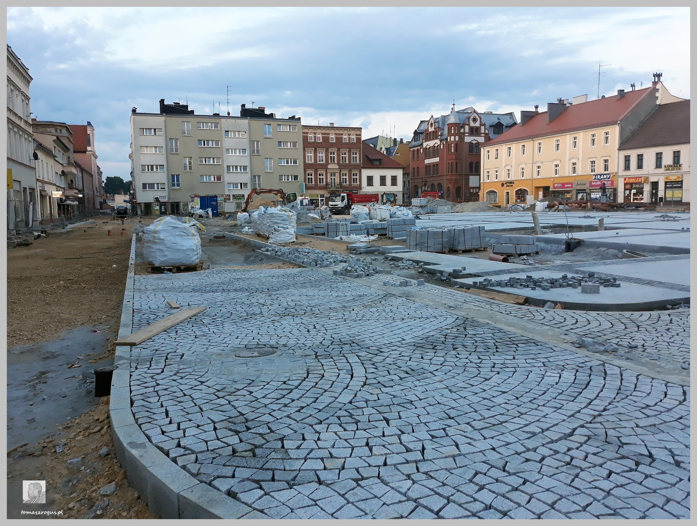 Betonowy Rynek Tomaszroguspl
